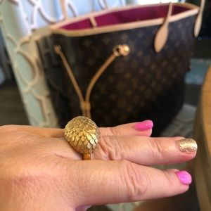 Vintage VENDOME signed ring